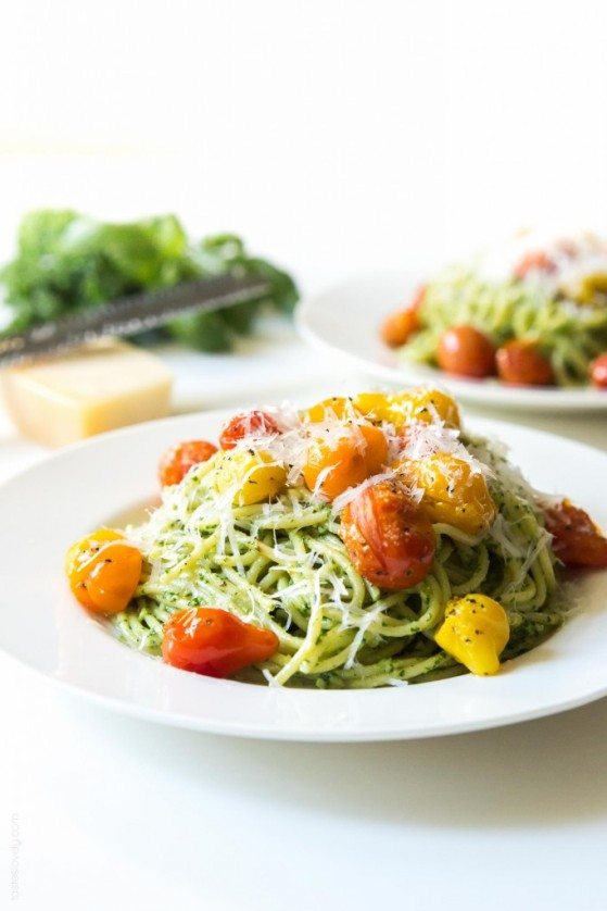 Kale-Walnut-Pesto-Blistered-Tomato-Pasta-a-healthy-and-delicious-vegetarian-summer-pasta-1-683x1024.jpg